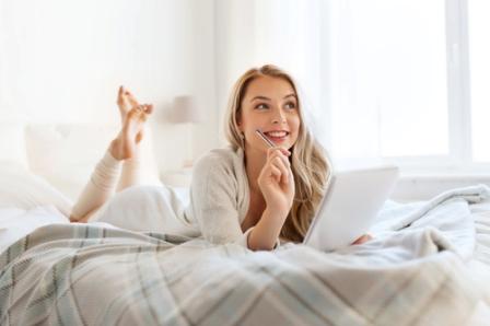 Эротический чат с девушками онлайн: Виртуальный секс через